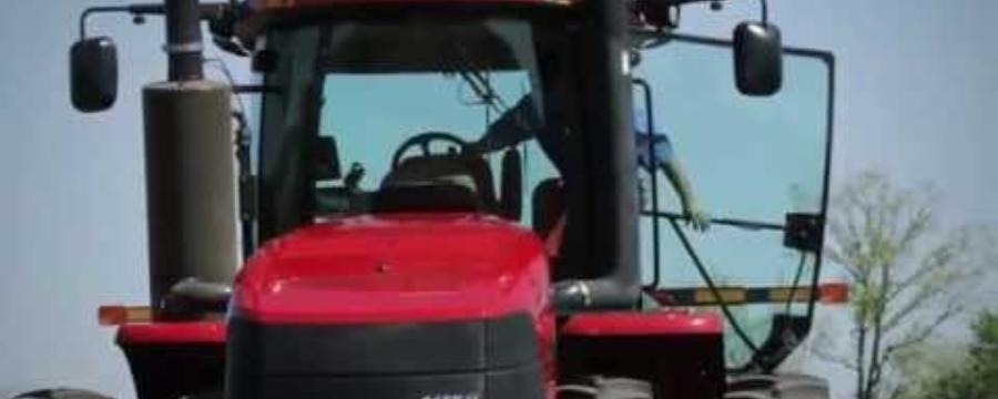 Steiger Tractors: Cabina