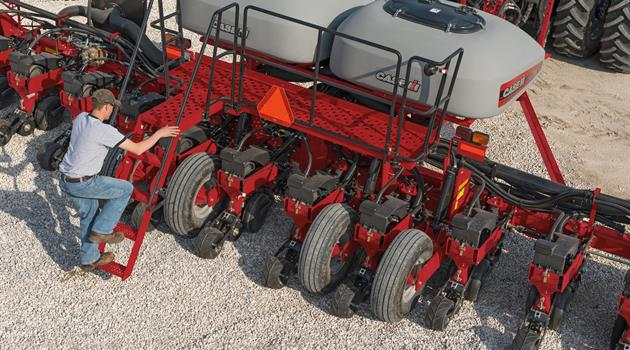 1200-Series_Early-Riser-Planter_Bulk-Fill-System